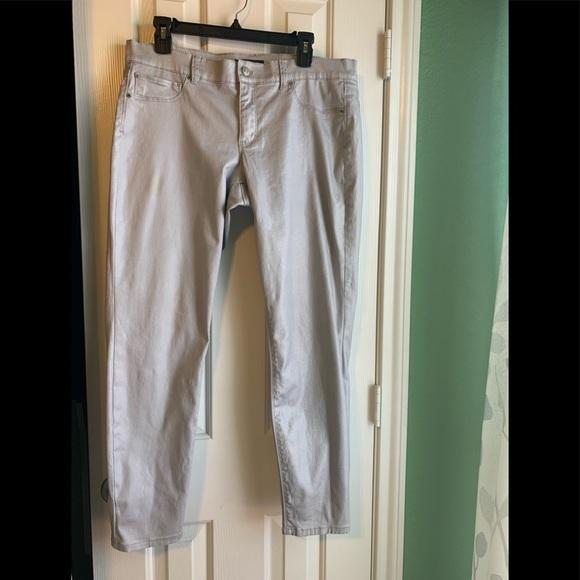 White House Black Market Denim - WHBM silver metallic ankle jeans size 12